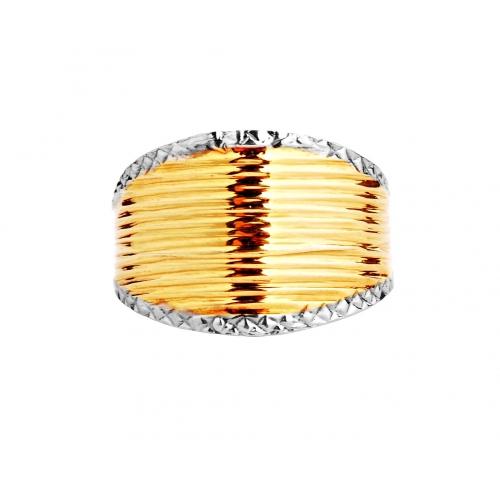 Złoty pierścionek, subtelny na co dzień !