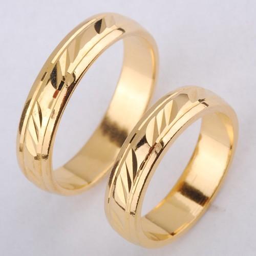 Złote obrączki ślubne